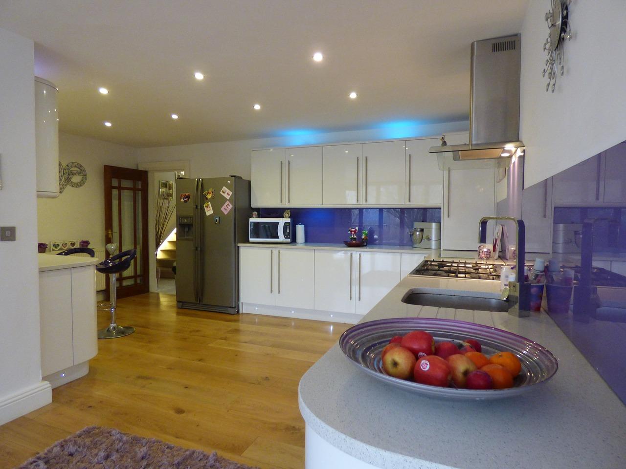 Kitchen Home White Gloss Interior  - sean891 / Pixabay